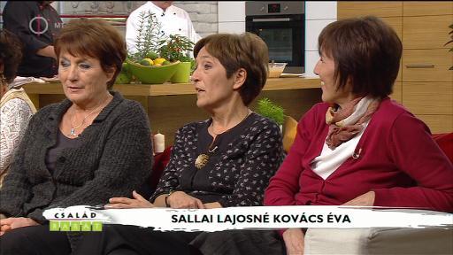 Sallai Lajosné Kovács Éva [középen]