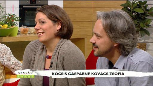 Kocsis Gáspárné Kovács Zsófia [balra]