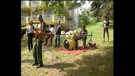 Ladánybene 27: Banánsziget (zenemű)